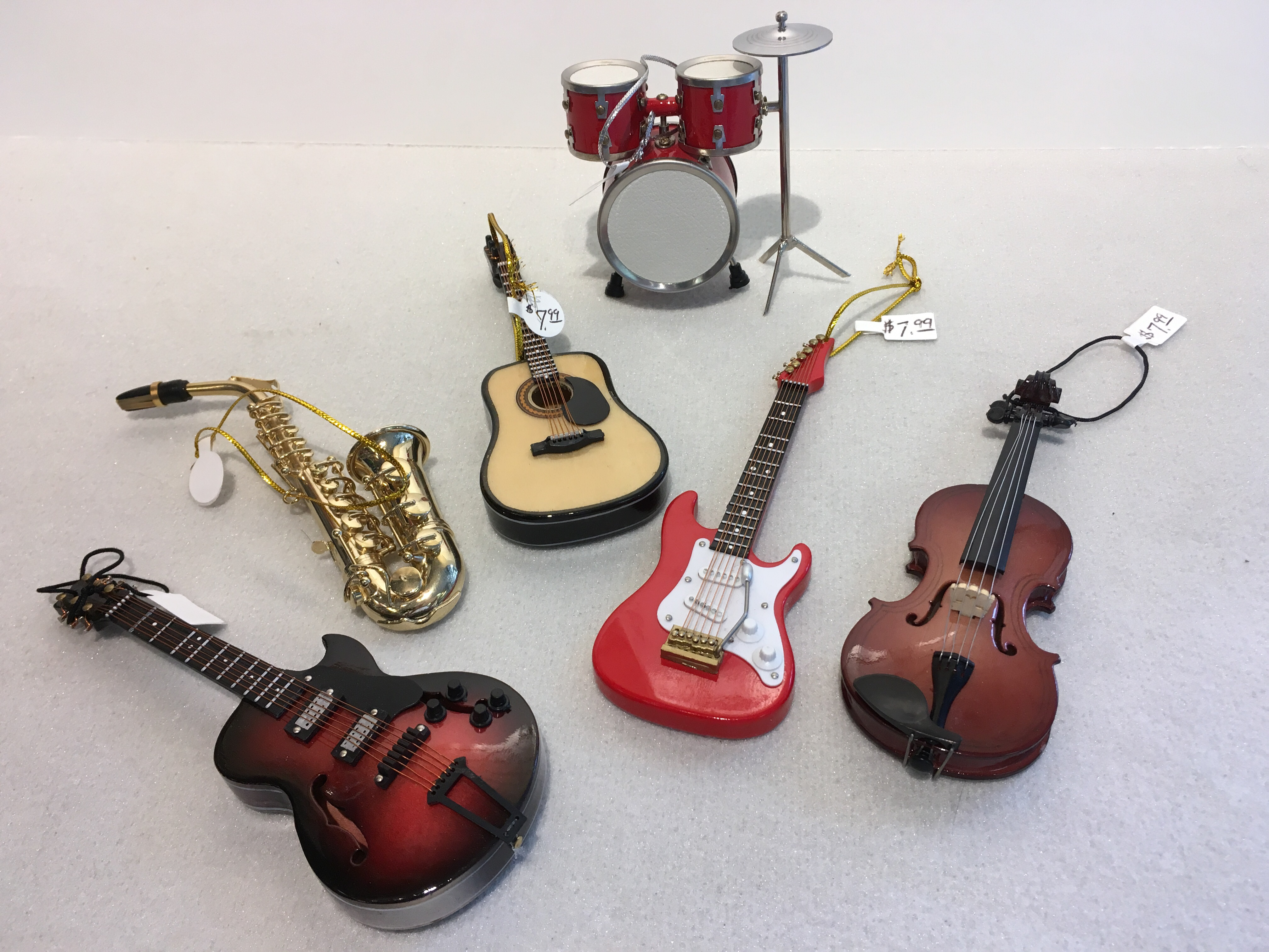 Very detailed Musical Instrument Ornaments for your favorite musician.