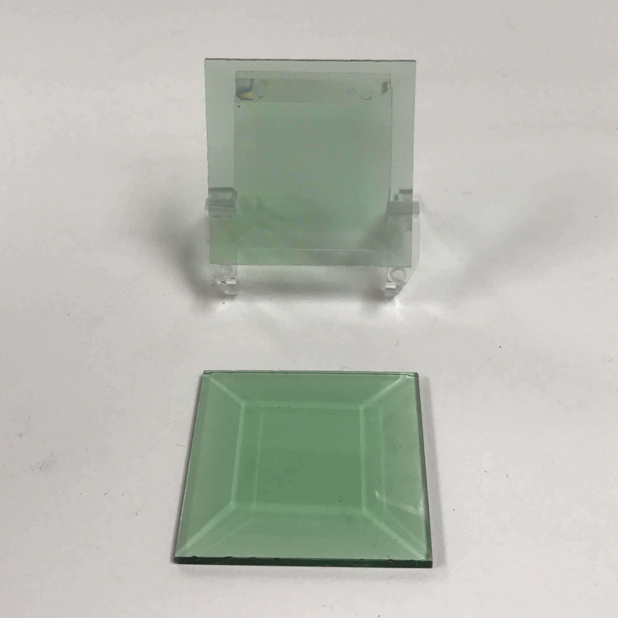 Green square glass bevel 2 x 2