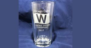 2017-chicago-cubs-central-division-champs-etched-pint-glass-1200-630
