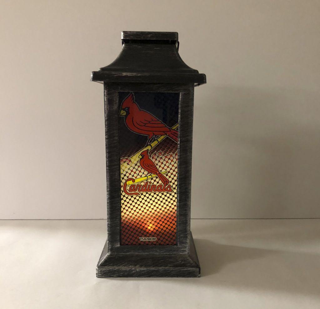 the best attitude 13c4a 3dc02 St. Louis Cardinals Solar Lantern